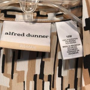 Alfred Dunner Tops - Neutral color button down